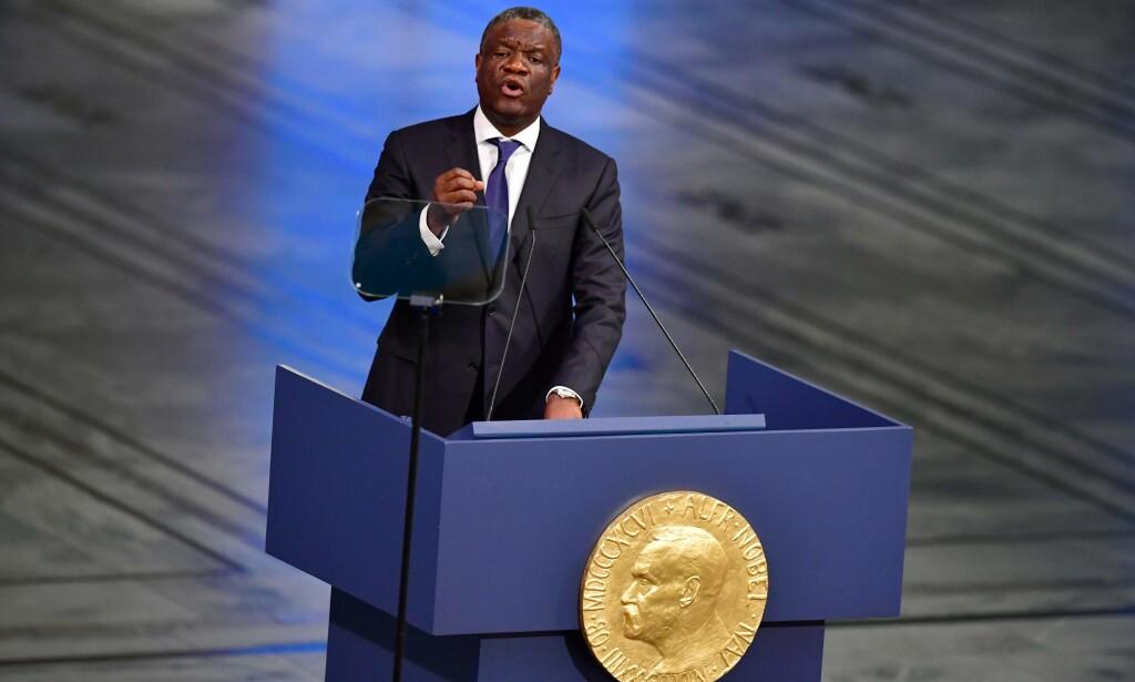 FREDSPRISVINNER: Denis Mukwege brukte mandagens tale i Oslo rådhus til å blant annet belyse situasjonen i hjemlandet Kongo. Foto: Tobias Schwarz / AFP / NTB Scanpix