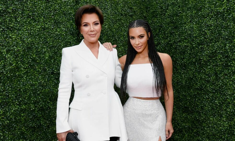 NÆRT FORHOLD: Kris Jenner tok en alvorsprat med Kim da hun fikk vite at datteren hadde prøvd ecstacy. Foto: NTB Scanpix