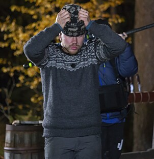 <strong>DET AVGJØRENDE ØYEBLIKKET:</strong> Kjetil Nørstebø tar seg til hodet idet konkurrenten utropes som vinner. Så forsvinner han. Foto: Tore Skaar