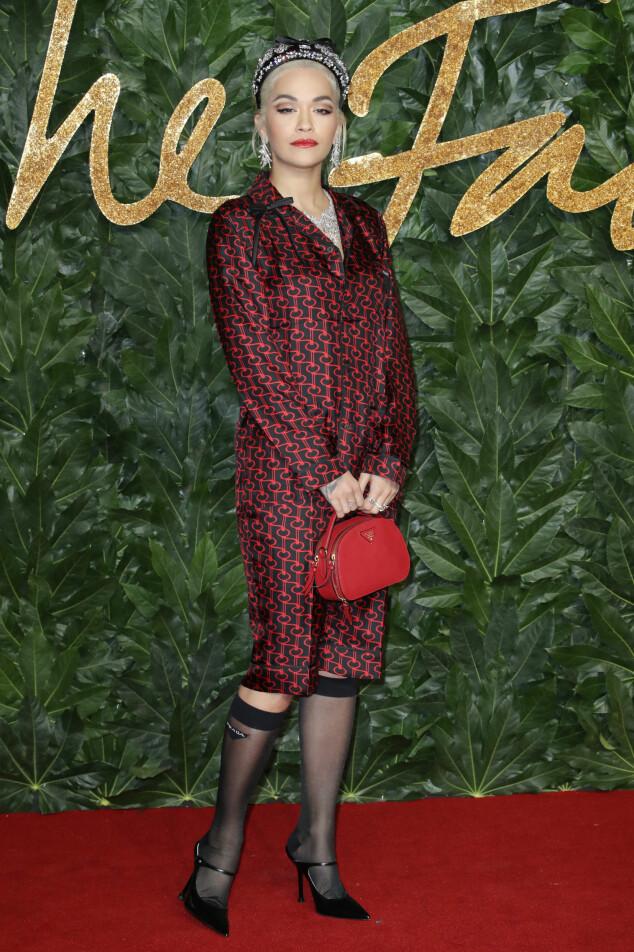 BRITISH FASHION AWARDS: Rita Ora. Foto: NTB Scanpix