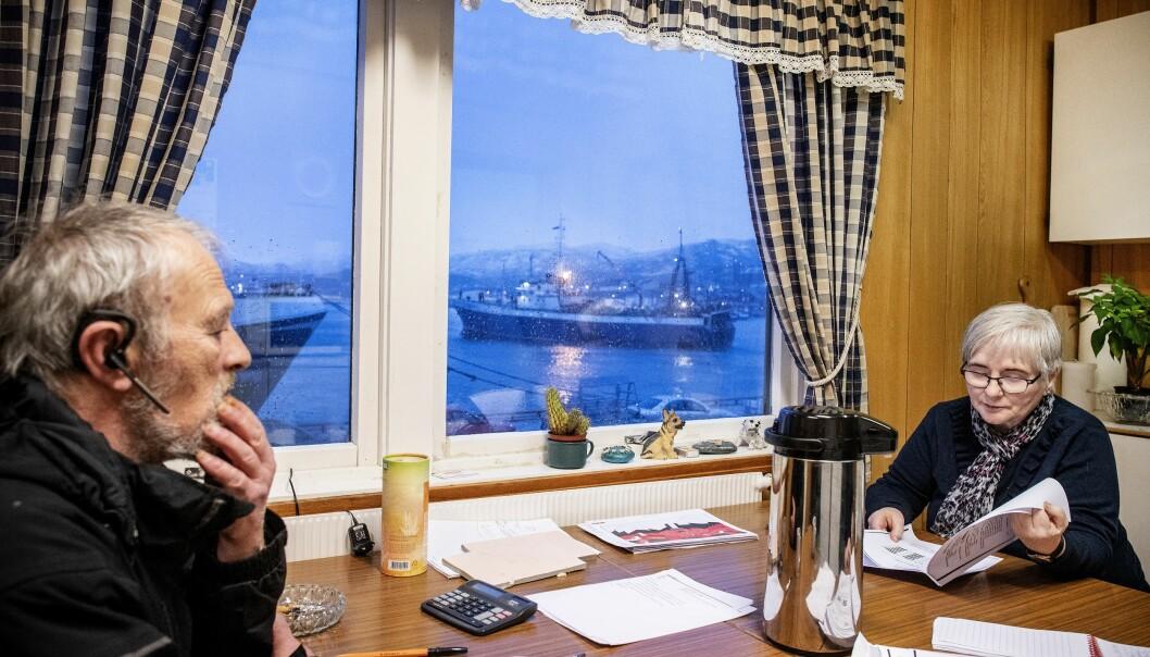 <strong>BÅTSFJORD:</strong> Frits Jørgensen og søsteren Herdis driver agentvirksomhet for båter i Båtsfjord under navnet Lanes Supply. Broren og havnesjefen, Øystein Jørgensen, eier 12 prosent i selskapet.   Foto: Hans Arne Vedlog / Dagbladet