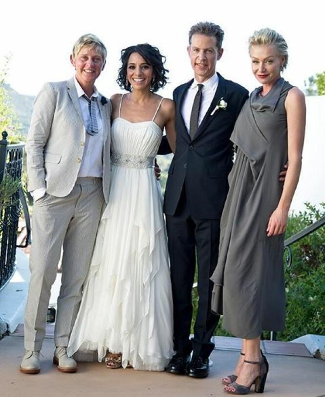 MED BROREN: Ellen og Portia avbildet i bryllupet til Vance og Joanna DeGeneres i 2013. Foto: Splash News/ NTB scanpix