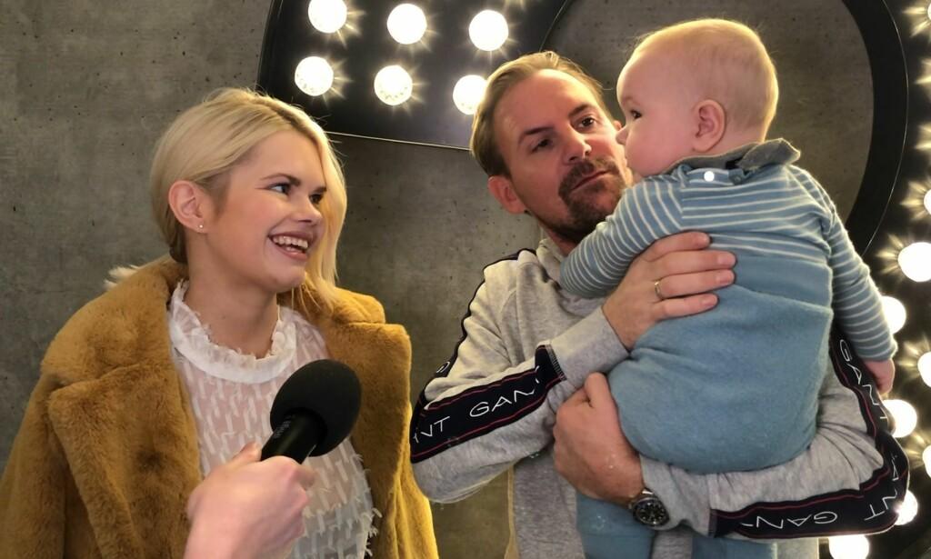 FIN FAMILIE: Julianne og Ulrik Nygård hadde med lille Severin Nygård da Dagbladet intervjuet dem på lanseringa av den tiende sesongen til «Bloggerne». Foto: Nicolai Aagaard