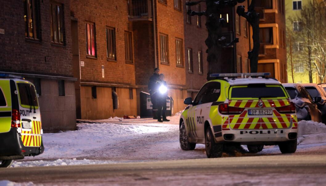 <strong>POLITI:</strong> Politiet oppsøkte et boligbygg på Torshov i Oslo i etterkant av hendelsen. Foto: Dagbladet
