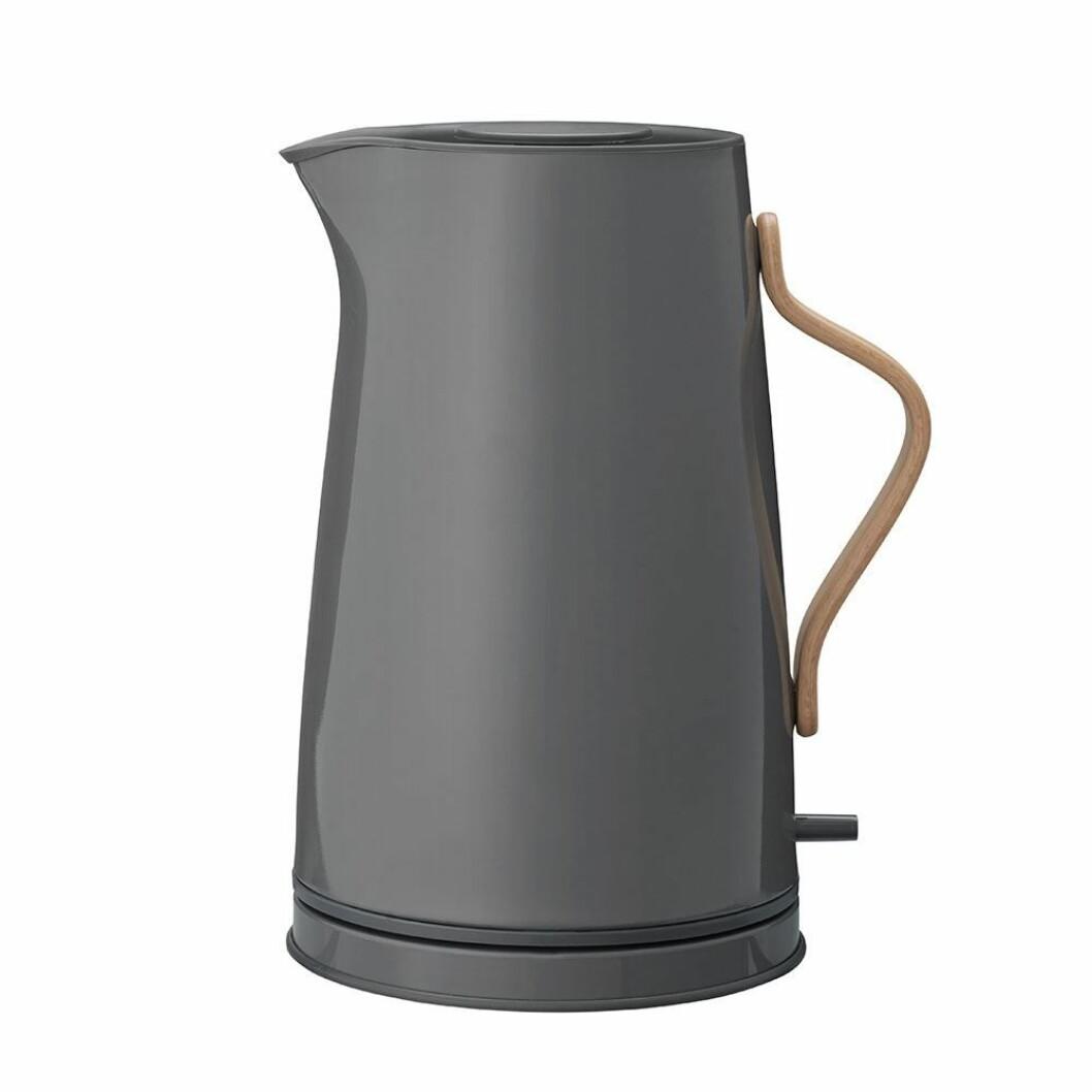 Vannkoker fra Stelton |1399,-| https://royaldesign.no/emma-electric-kettle-12-l#/164156