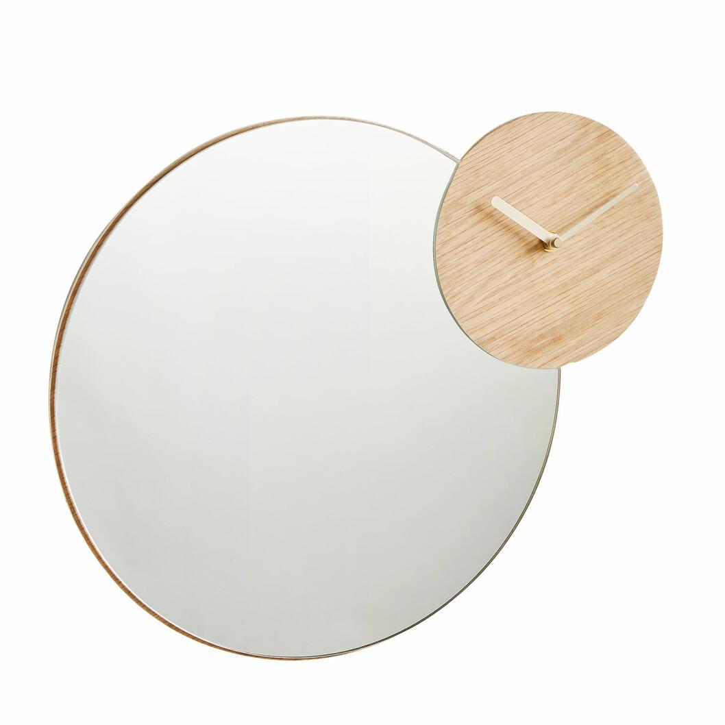 Speil fra Woud |1332,-| https://royaldesign.no/timewatch-speil-eik