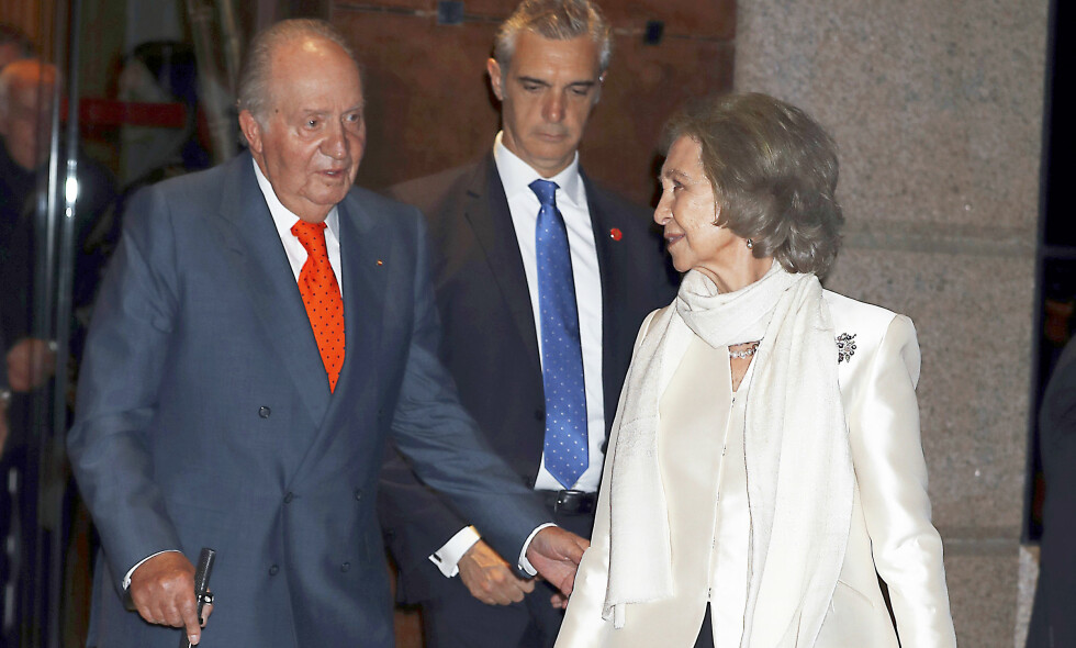 FEIRET KONA: Kong Juan Carlos kunne stolt stå ved sin kones side da dronning Sofia feiret 80-årsdagen. Foto: NTB Scanpix