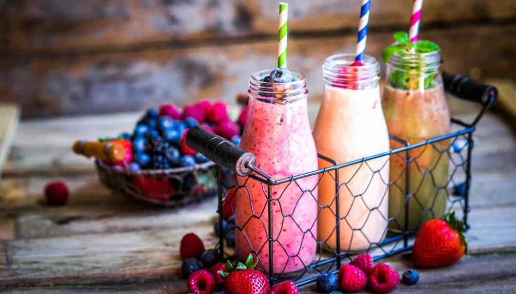 SMOOTHIE: Med en smoothie kan man enkelt få i seg mange sunne ingridienser som bær, frukt, grønnsaker og melkeprodukter. Foto: Shutterstock