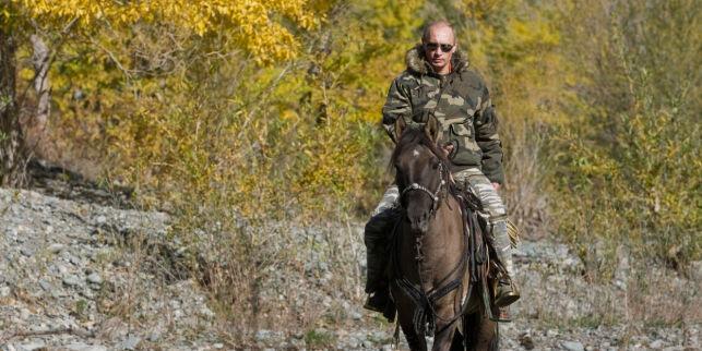 image: Putin-kalenderen rives ut av hyllene