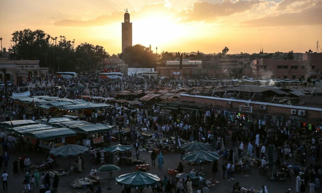 SØKER FLERE: Marokkanske myndigheter har bekreftet at en mann er pågrepet i forbindelse med drapene på en norsk og en dansk kvinne i Atlasfjellene. Mannen sitter fengslet i Marrakech (bildet), mens politiet jakter på to andre menn. Foto: Mosa'ab Elshamy / AP / NTB Scanpix