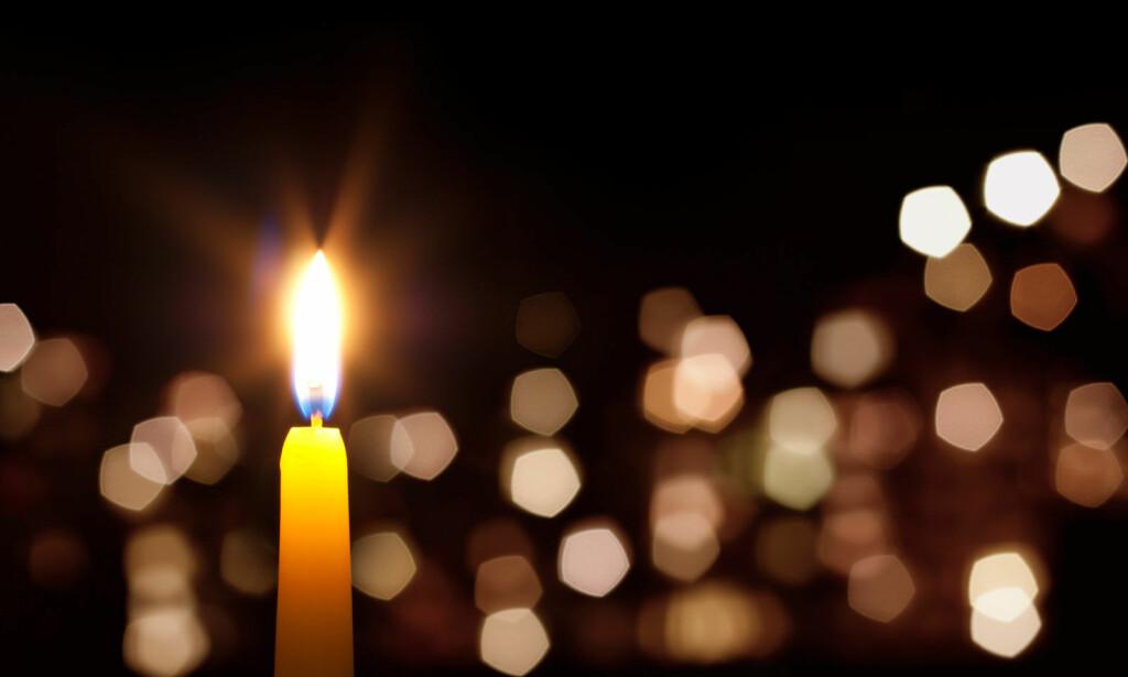 VANSKELIGE FØLELSER: Julehøytiden kan bringe frem vanskelige følelser. Det kan for eksempel handle om ensomhet, sorg og savn. Foto: NTB Scanpix/Shutterstock