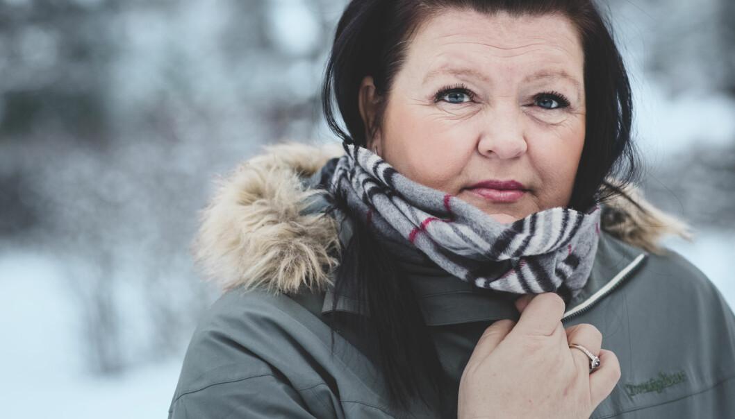 <strong>KJENNER SIN SKJEBNE:</strong> Bente Linn Strømmen må leve med at hun før eller siden vil bli rammet av et aller siste hjerneslag. FOTO: Astrid Waller