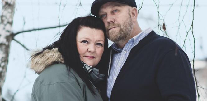 <strong>KLIPPEN:</strong> Bente Linn og Kim har kjent hverandre siden de var tenåringer. Han har vært en helt uvurderlig støtte etter at sykdommen brøt ut. FOTO: Astrid Waller