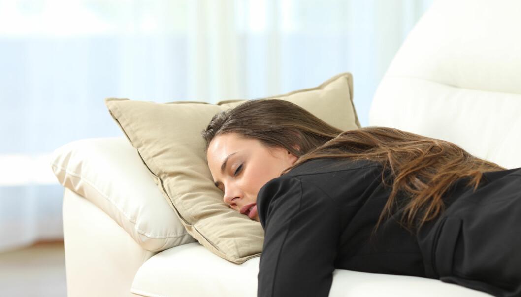 <strong>IKKE TILFELDIG:</strong> Sovner du oftere på sofaen enn mannen din? Det er nok ikke tilfeldig. FOTO: Scanpix