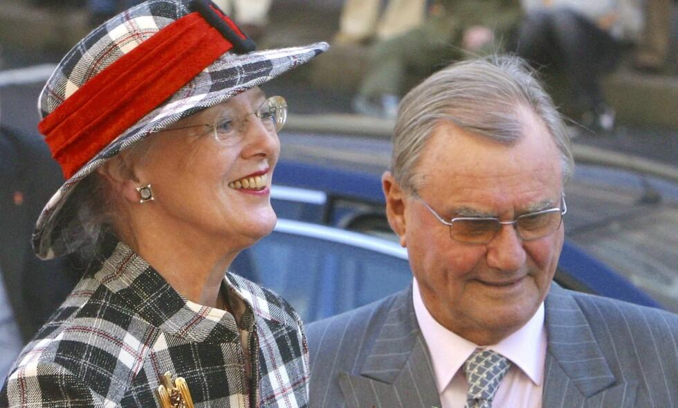 MISTET EKTEMANNEN: Ti måneder er gått siden dronning Margrethe mistet ektemannen, prins Henrik (83). Nå deler det danske kongehuset detaljer fra perioden da han gikk bort. Foto: NTB Scanpix