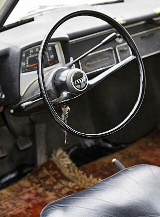SPARTANSK: En litt enklere interiør enn det vi er vant med hos Audi i dag. Foto: Paal Kvamme