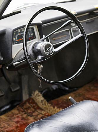 <strong>SPARTANSK:</strong> En litt enklere interiør enn det vi er vant med hos Audi i dag. Foto: Paal Kvamme