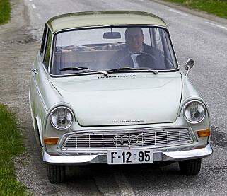 image: Sverre fra Grong har en av verdens mest vanvittige bilsamlinger