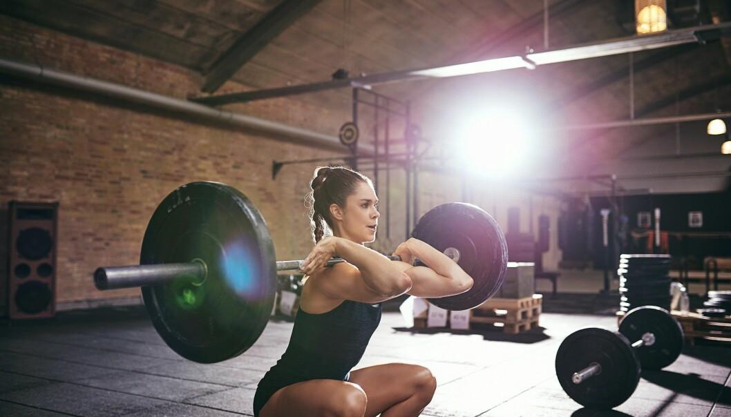 TREN TUNGT: Om målet er økt styrke er det tunge vekter som er tingen. FOTO: NTB Scanpix