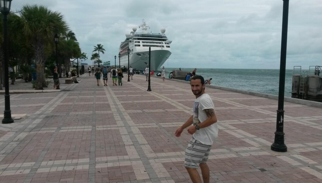 <strong>CRUISESTED:</strong> Florida er utgangspunkt for store deler av cruisetrafikken i Karibien. Her er Hoshiar på plass på kaia. Foto: PRIVAT
