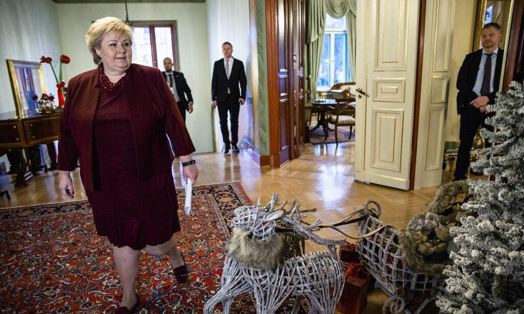 image: Ernas julegave til Frp og KrF: Varsler forhandlinger på sparebluss og krever lojalitet