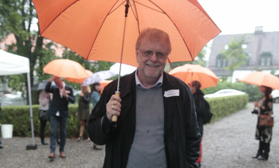 KJENT OG KJÆR FORFATTER: Klaus Hagerup på Aschehougs hagefest i Oslo i 2016. Foto: Lise Åserud / NTB Scanpix