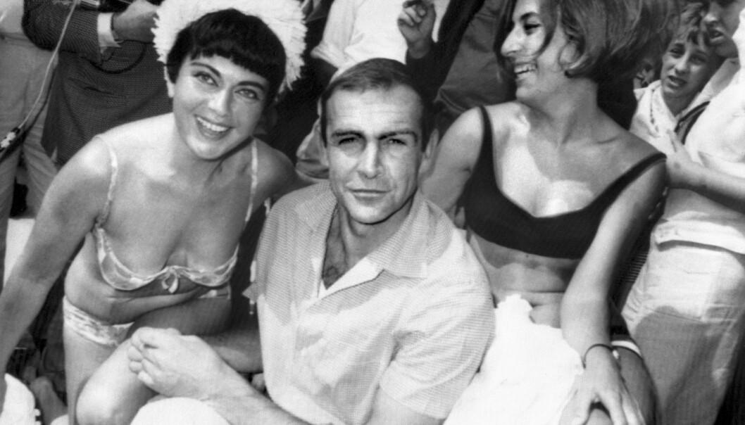 HETT PÅ CROISETTEN: Sean Connery fotografert i Cannes i forbindelse med sin rolle som James Bond. FOTO: NTB Scanpix