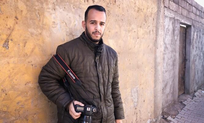Blant de første på åstedet: Kameramann Hamza Safaoui (25). Foto: John T. Pedersen