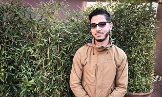 FORKLARER: Student Marouane Elfadil (22) i Marrakech. Foto: John T. Pedersen