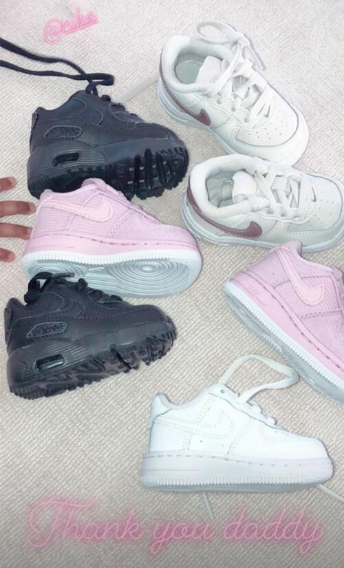 SJENERØS PAPPA: Tristan kjøpte fire par med søte joggesko til sin datter. Foto: Instagram