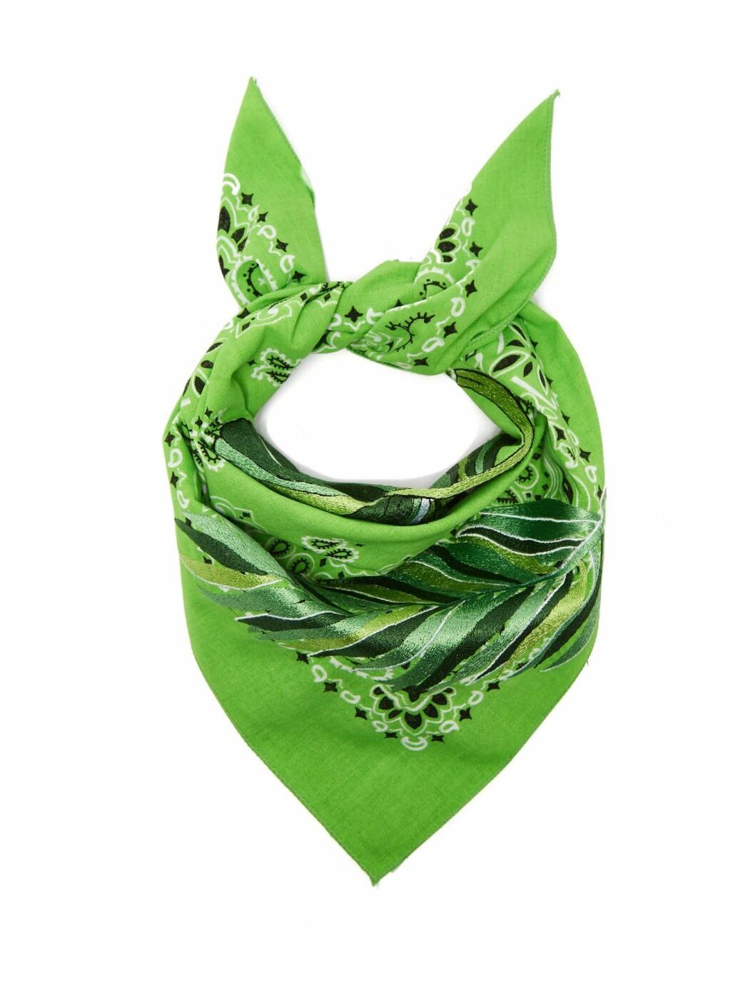 Skjerf fra Kilometre Paris |1395,-| https://www.matchesfashion.com/intl/products/Kilometre-Paris-India-embroidered-cotton-bandana-scarf-1261042