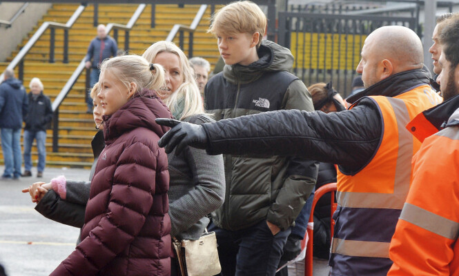 JUBEL I MOLDE: Ole Gunnar kunne feire sitt andre seriegull på rad med Molde i 2012. Noah, Karna og Elijah ble selvsagt med på festen. Foto: Zenpix/ Se og Hør