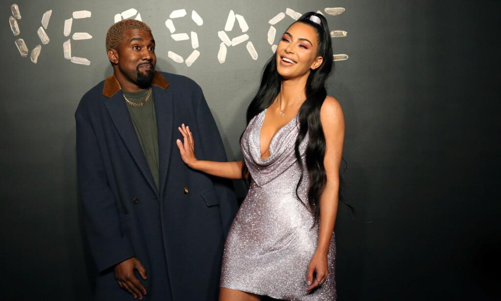 BABYSPEKULASJONER: Ekteparet Kanye West (41) og Kim Kardashian West (38) skal angivelig bli firebarnsforeldre til våren. Nå vil søstrene visstnok følge etter. Foto: Reuters / NTB Scanpix