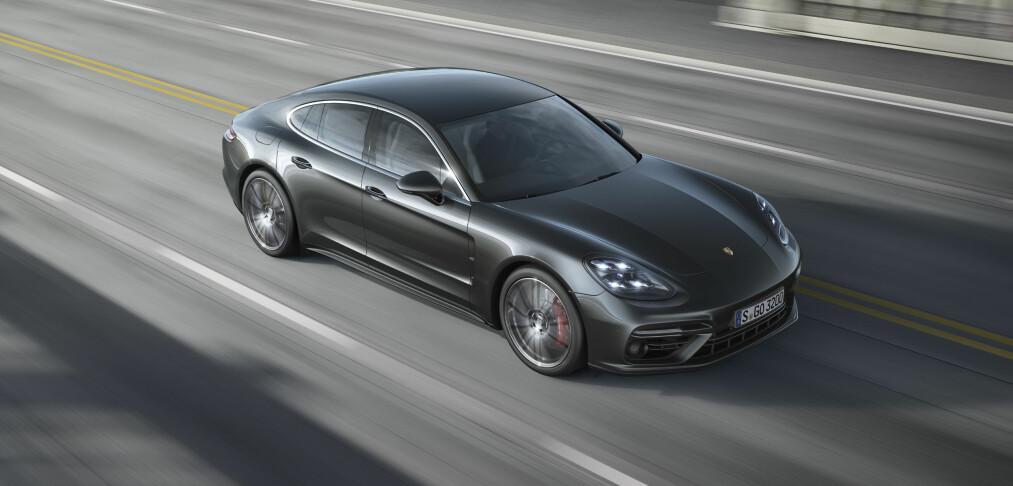 Porsche kaller tilbake 75.000 biler: Servostyringen kan svikte