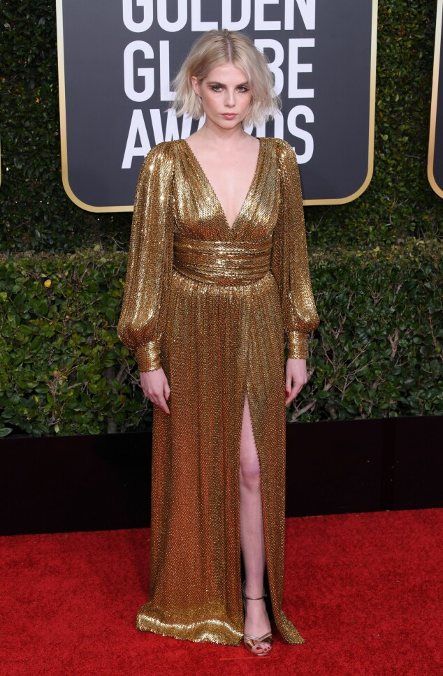 GULL: Lucy Boynton gikk for gull under årets prisutdeling. Foto: NTB Scanpix