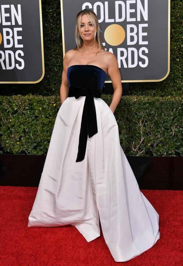 SPENT: Kaley Cuoco var også til stede under årets Golden Globe. Foto: NTB Scanpix