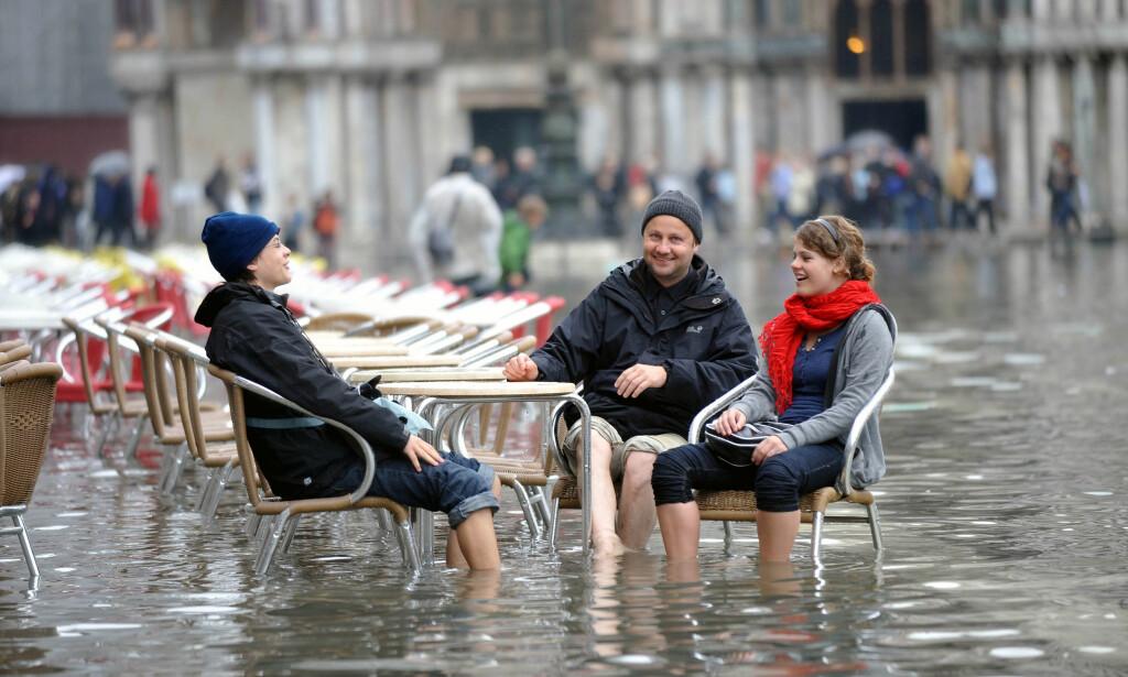UTFORDRINGER: I oktober ble Venezia rammet av den verste flommen på ti år, men det er ikke turistperlens eneste utfordring. FOTO: Andrea Pattaro / AFP / NTB Scanpix