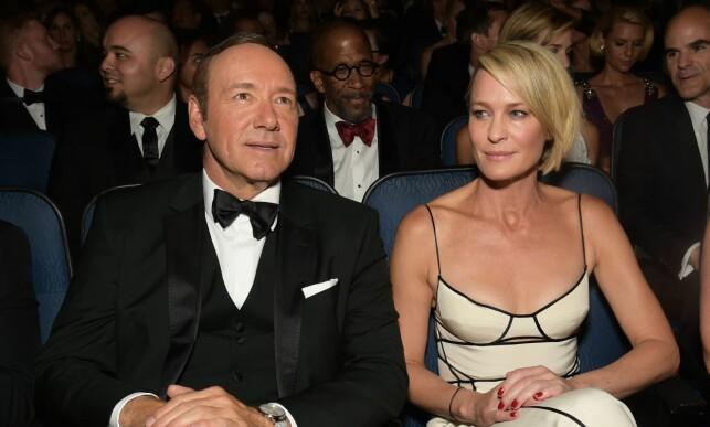 SPARKET: Kevin Spacey ble som følge av anklagene om seksuell trakassering sparket fra «House of Cards». I den sjette sesongen, som ble lansert i løpet av 2018, er det Robin Wright (t.h.) som har tatt over hovedrollen. Foto: NTB scanpix