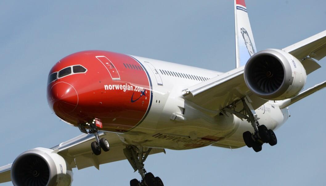 <strong>MER FLYSURFING:</strong> Snart blir det mulig å surfe på nettet på langdistanseruter med Norwegian. Foto: NTB Scanpix