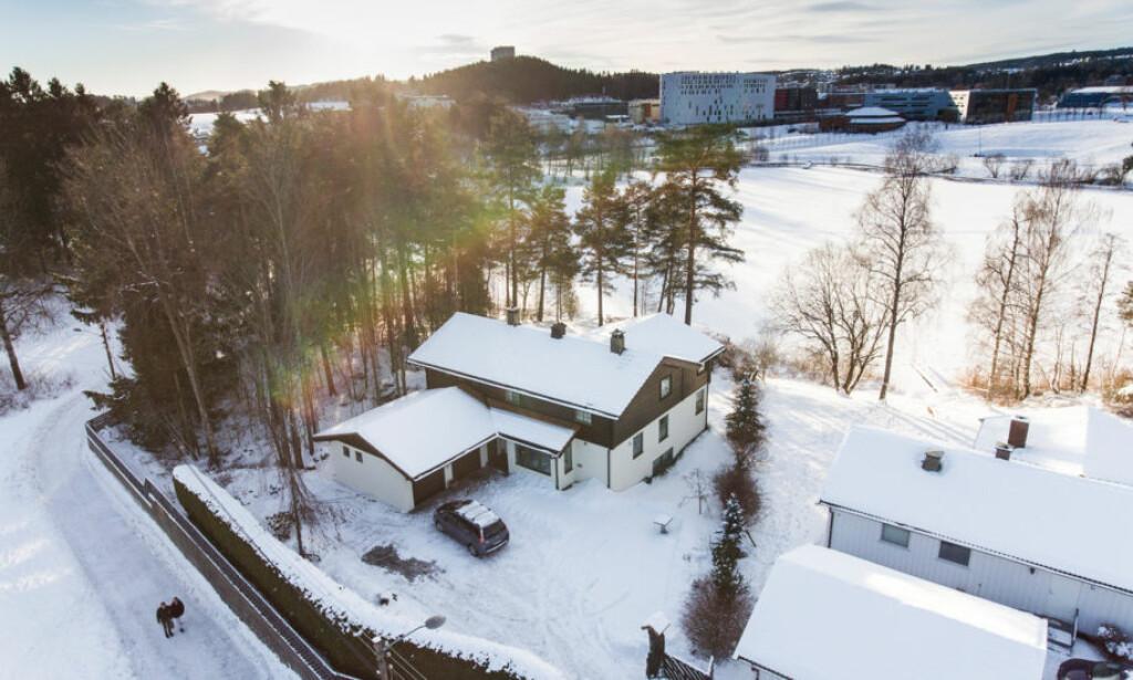 VAR DU HER?: Politiet ønsker å komme i kontakt med folk som kan sitte med opplysninger etter for eksempel å ha gått tur ved Hagen-ekteparets bolig ved Langvannet i Lørenskog. Foto: Lars Eivind Bones / Dagbladet