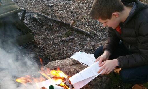 image: Maximilian (18) brente skolebøkene, ble utvikler