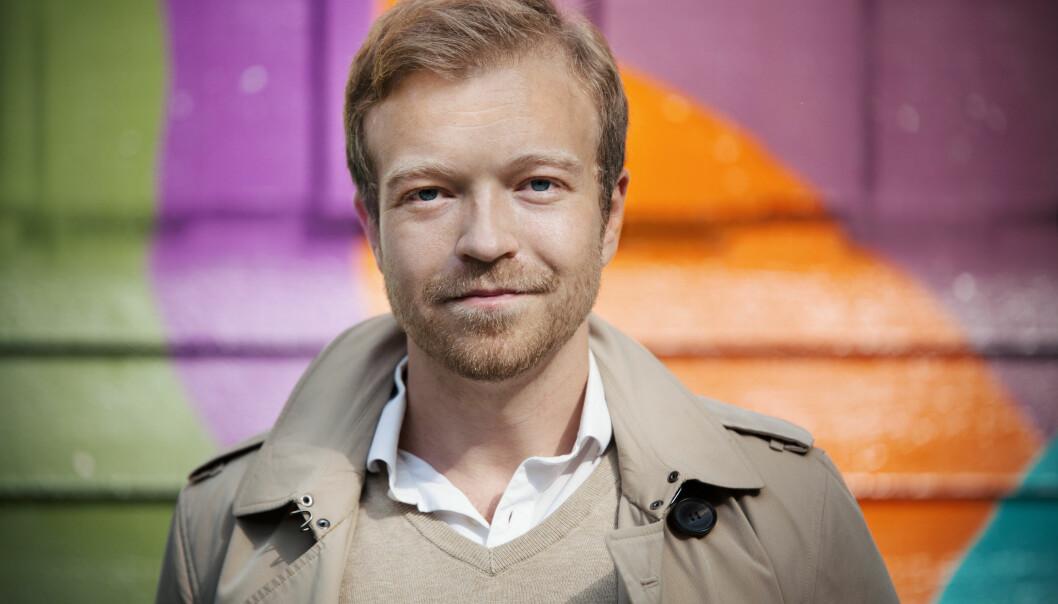 UNGDOMS PSYKOLOG: Lars Halse Kneppe forfatter og psykolog jobber med ungdommer hver dag, og hører deres historier. Foto: Anna-Julia Granberg, Blunderbuss