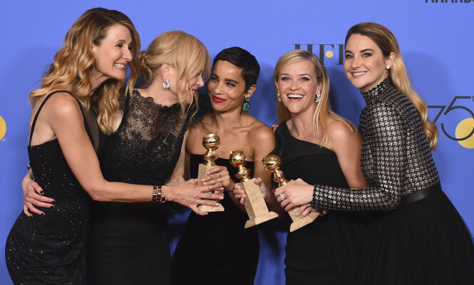DRØMMEGJENG: I den populære HBO-serien Big Little Lies spiller Reese Witherspoon sammen med Laura Dern, Nicole Kidman, Zoë Kravitz og Shailene Woodley. Dette bildet er tatt under Golden Globe-utdelingen i 2018. FOTO: NTB Scanpix