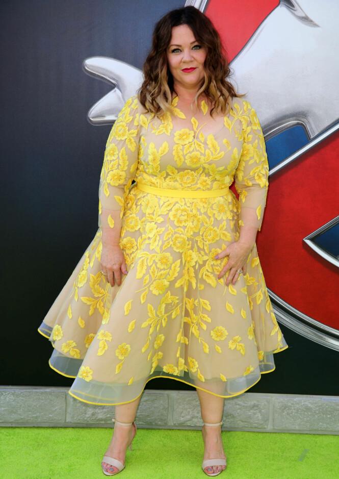 BRYR SEG IKKE: Melissa McCarthy nekter å gi etter for presset i Hollywood. Her på den røde løperen i forbindelse med premieren på «Ghostbusters» i 2016. Foto: NTB Scanpix «»