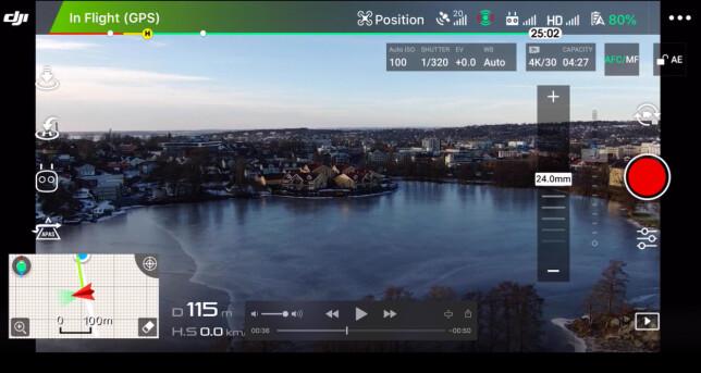 LIVE PÅ TELEFONEN: Videokvaliteten du får direkte på telefonen når du flyr DJI-dronene er svært god. Foto: Pål Joakim Pollen