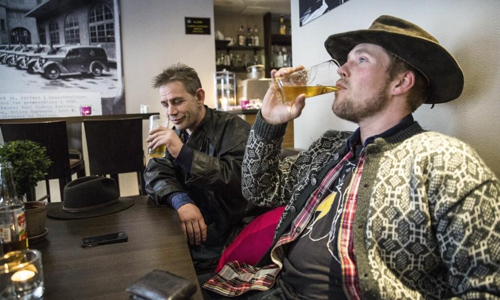 SUKSESS: Leif Einar Lothe og kompanjongen Joar Førde har gjort stor suksess med «Fjorden cowboys». I 2014 vant de blant annet en Gullruten. Foto: Lars Eivind Bones