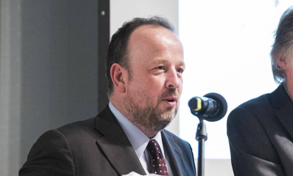 SLUTTER: VG-kommentator Frithjof Jacobsen forteller at han slutter i VG fordi han er i ferd med å etablere et forhold til Ap-politiker Jette Christensen. Foto: Håkon Mosvold Larsen / NTB scanpix