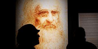image: Da Vinci skrev speilvendt. I sine skriftstykker likte han å tilsløre hemmeligheter