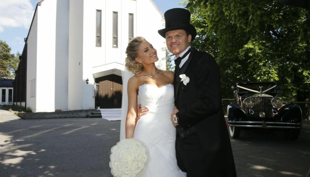SNART FORELDRE: John Arne Riise giftet seg med Oslo-jenta Louise Angelica i Nordberg kirke våren 2014. Nå blir de foreldre sammen. Foto: Terje Bendiksby / NTB scanpix