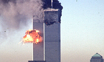 <strong>TERROR:</strong> 11. september 2001 styrtet to passasjerfly inn i World Trade Center i New York. Foto: AFP PHOTO / SETH MCALLISTER / NTB Scanpix